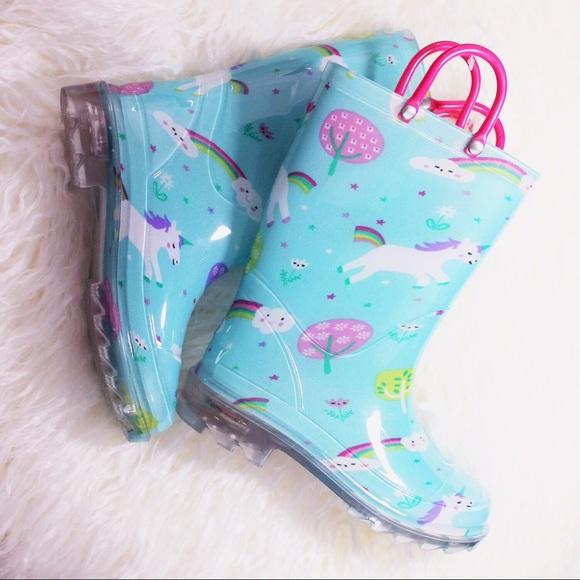 ba096e8a791 NWOT Members Mark Unicorn 🦄 Light Up Rain Boots